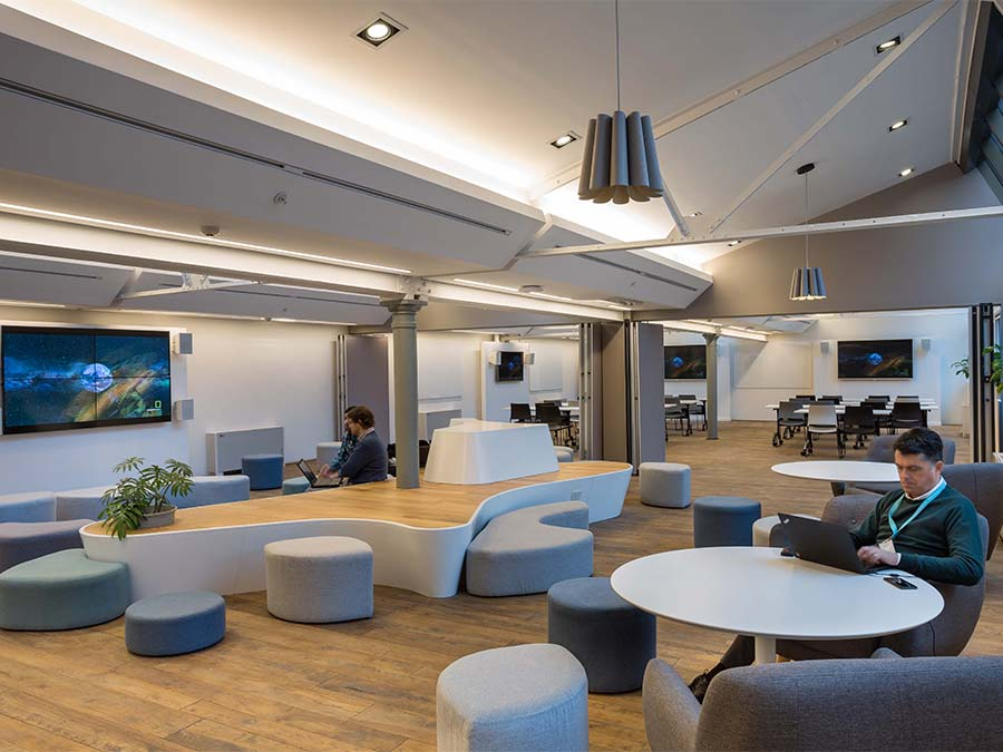 Dise o de oficinas 5 construcciones innovadoras - Empresa diseno de interiores ...